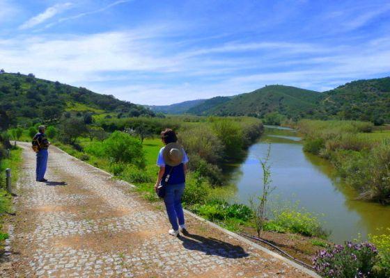 Circular walk in the hinterland of the East Algarve